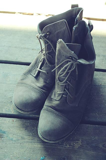 shoes-792053_640